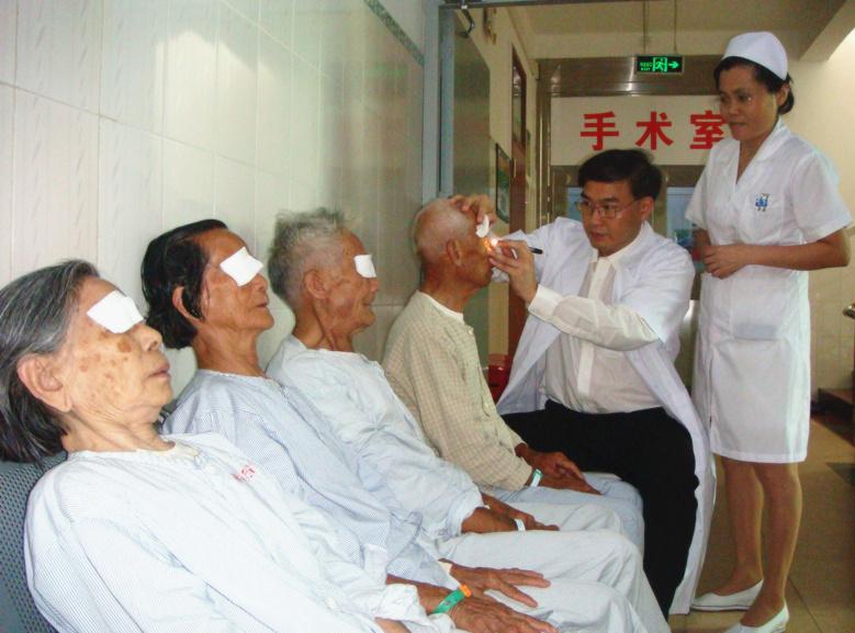 4 為病人作手術前檢查_副本